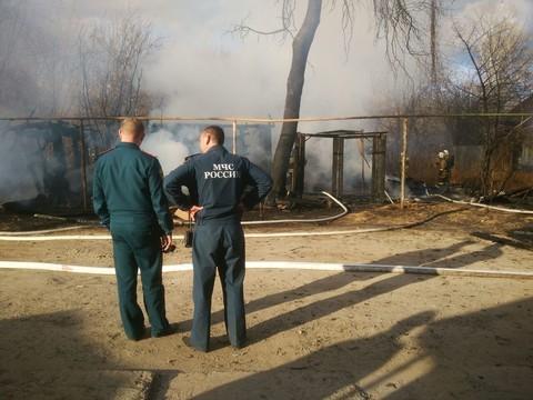 В Кировском районе Казани сгорел дом, четыре человека погибли