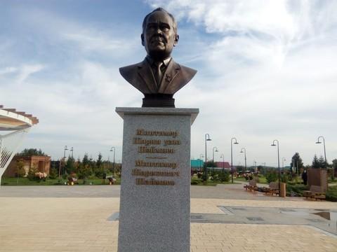 На родине Шаймиева открыли его бюст: первые фото