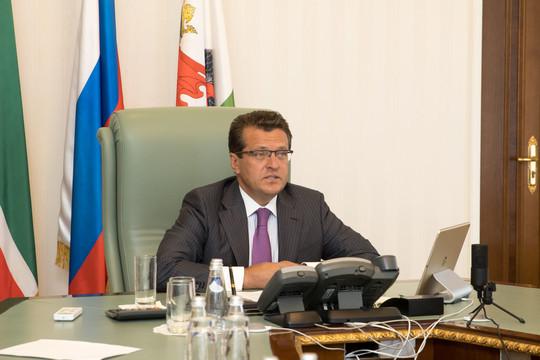 Метшин предложил ускорить в Казани запуск метробусов и стройку вылетных магистралей