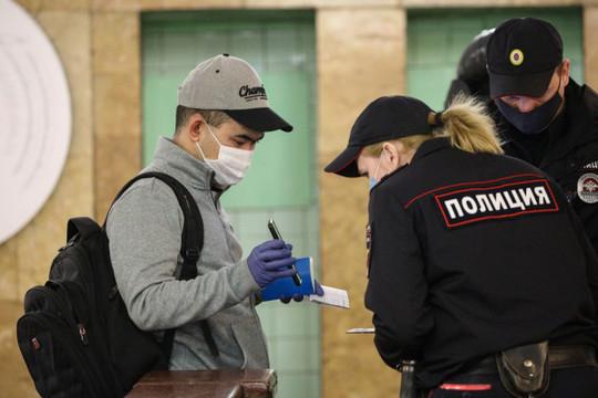 В Татарстане полиция стала вдвое чаще штрафовать нарушителей масочного режима