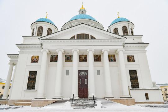 Минниханов и Шаймиев посетили собор Казанской иконы Божией Матери: облик воссоздан полностью