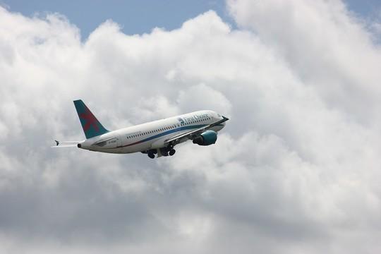 Россия возобновляет международное авиасообщение. Пока только с тремя странами