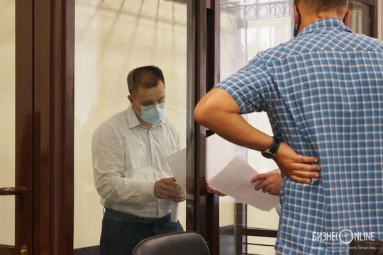 Суд отпустил на свободу экс-главу исполкома Тукаевского района