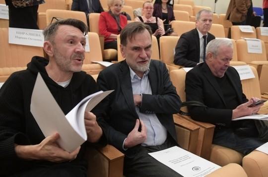 Шнуров устроил шоу наслушаниях в государственной думе, призвав разогнать минкульт