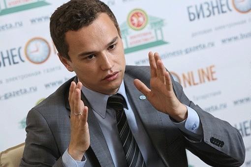 «Это огромный ущерб татарской культуре»: совет форума татарской молодежи протестует против отставки Табриса Яруллина
