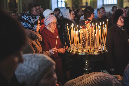 Армянский священник раскрыл тайну Благодатного огня