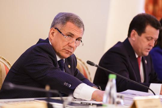 Минниханов недоволен работой по ГЧП: «Можно ли с такими руководителями работать, если у вас мозгов нет?»