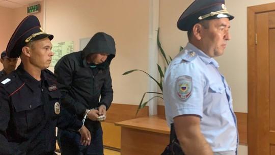 Первые фото суда по избранию меры пресечения водителю перевернувшегося в Башкортостане автобуса