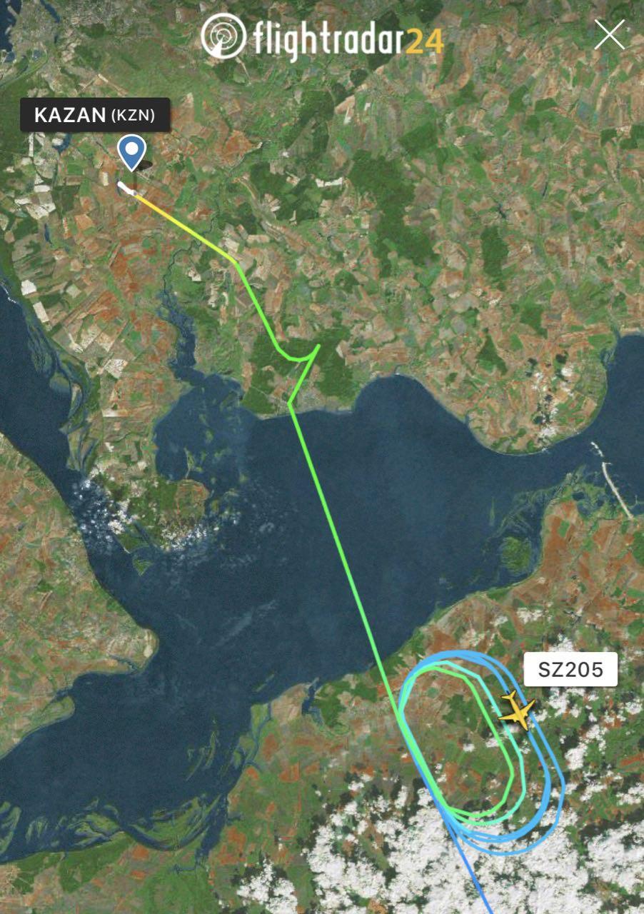 Самолету из Сочи не дали сесть в Казани и отправили в Самару