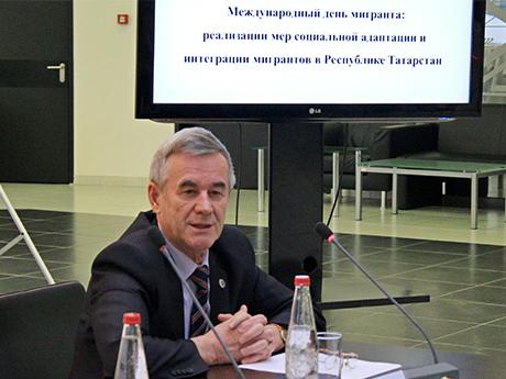 фото-5_-руководитель-Р�сполнительного-комитета-АссамблР