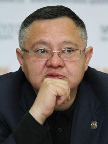 Рек файзуллин, министр строительства, архитектуры и жилищно-коммунального хозяйства рт