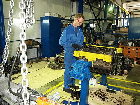 Сегодня-на-Корибе-работает-350-400-сотрудников.jpg