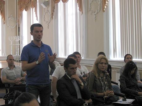 Ренат-Дусаев,-гендиректор-консалтинговой-компании.jpg
