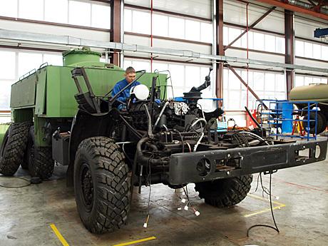 Компания-ремонтирует-Рё-модернизирует-около-1-тыс.-РіСЂСѓР·Р