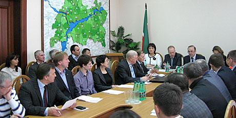 Центризбирком-пригласил--татарстанских-лидеров-партиР