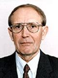 Аксенов Евгений Михайлович, директор Центрального научно-исследовательского института геологии нерудных полезных ископаемых