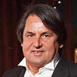 Тарико Рустам Васильевич, председатель совета директоров ЗАО «Банк Русский Стандарт», владелец холдинга «Русский Стандарт»