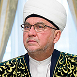 Джалялетдинов Мансур  Талгатович , имам-хатыйб мечети Аль-Марджани, председатель совета аксакалов г. Казани