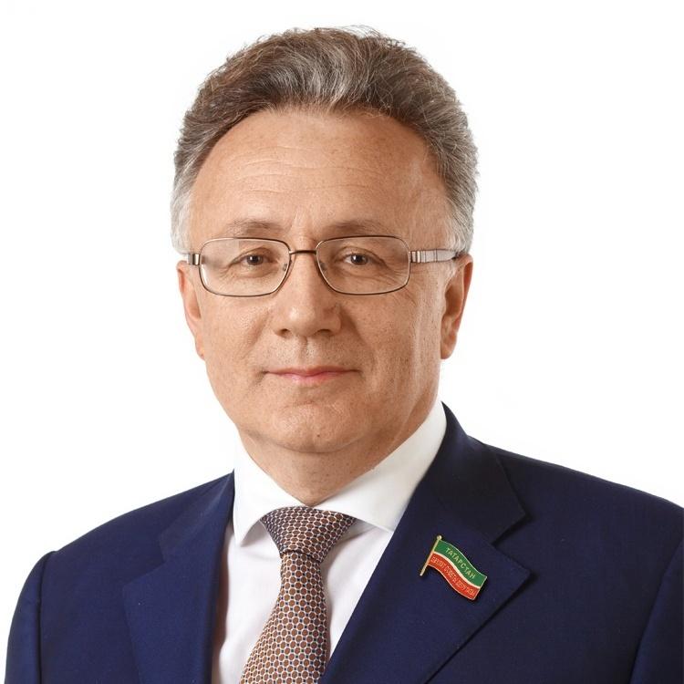 Аминов Ильшат Юнусович, генеральный директор телерадиокомпании «Новый Век», депутат Госсовета РТ