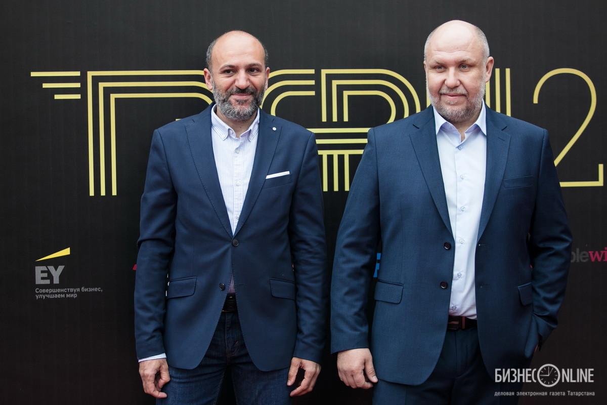 Продюсер Арман Оганесян (слева) и ведущий Юрий Сидоренко