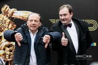 Актеры, телеведущие Андрей Федорцов и Денис Юченков (слева направо