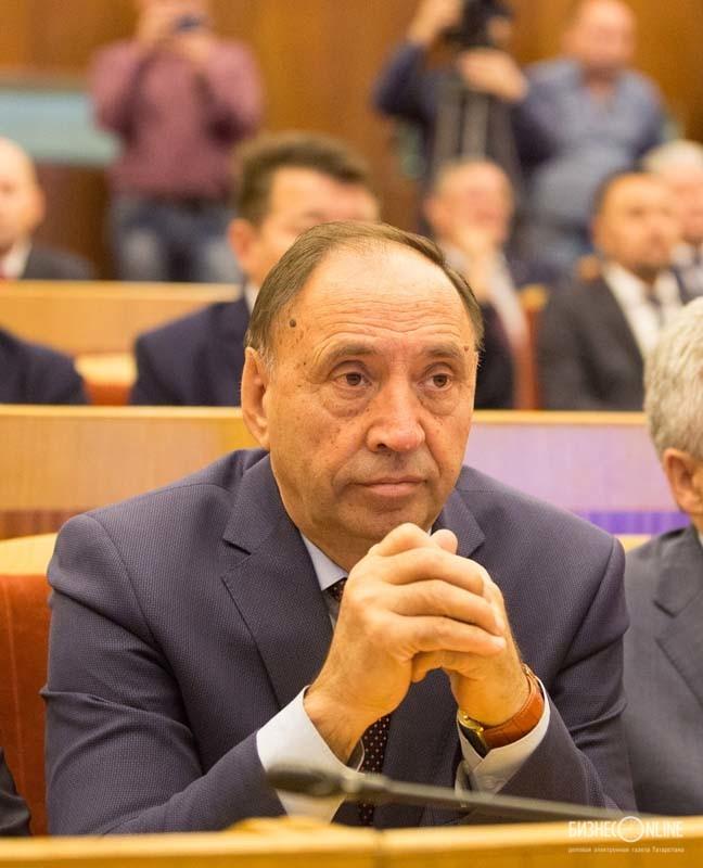 Раиль Асадуллин - бывший ректор БГПУ. им. М. Акмуллы
