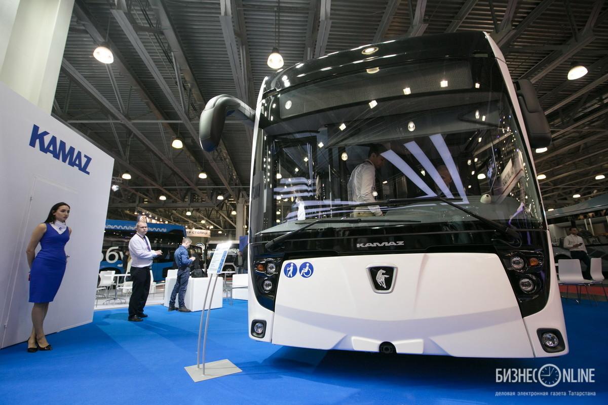 Низкопольный тролейбус КАМАЗ