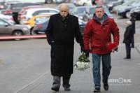 Режиссер Владимир Досталь (слева)
