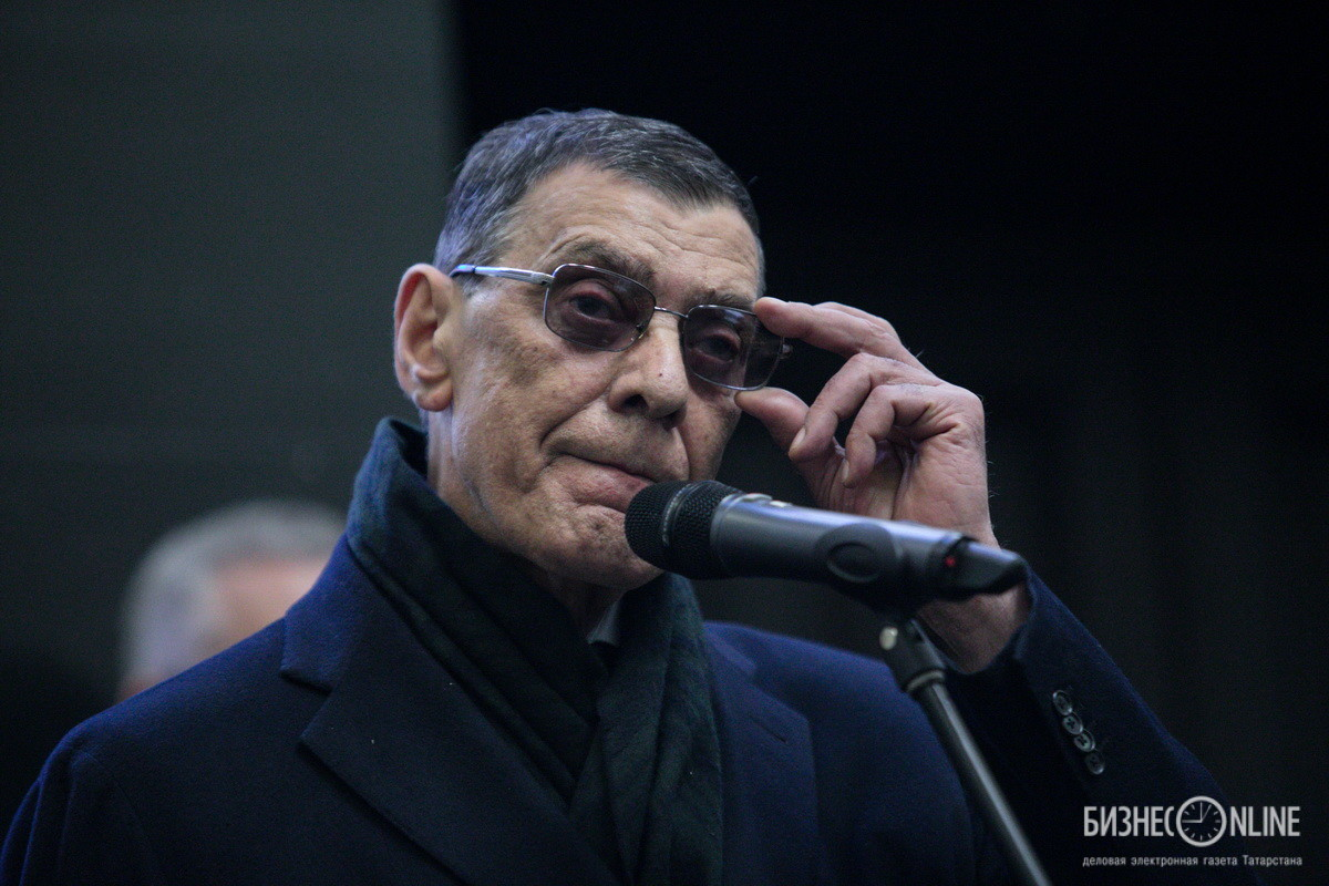 Борис Эбзеев