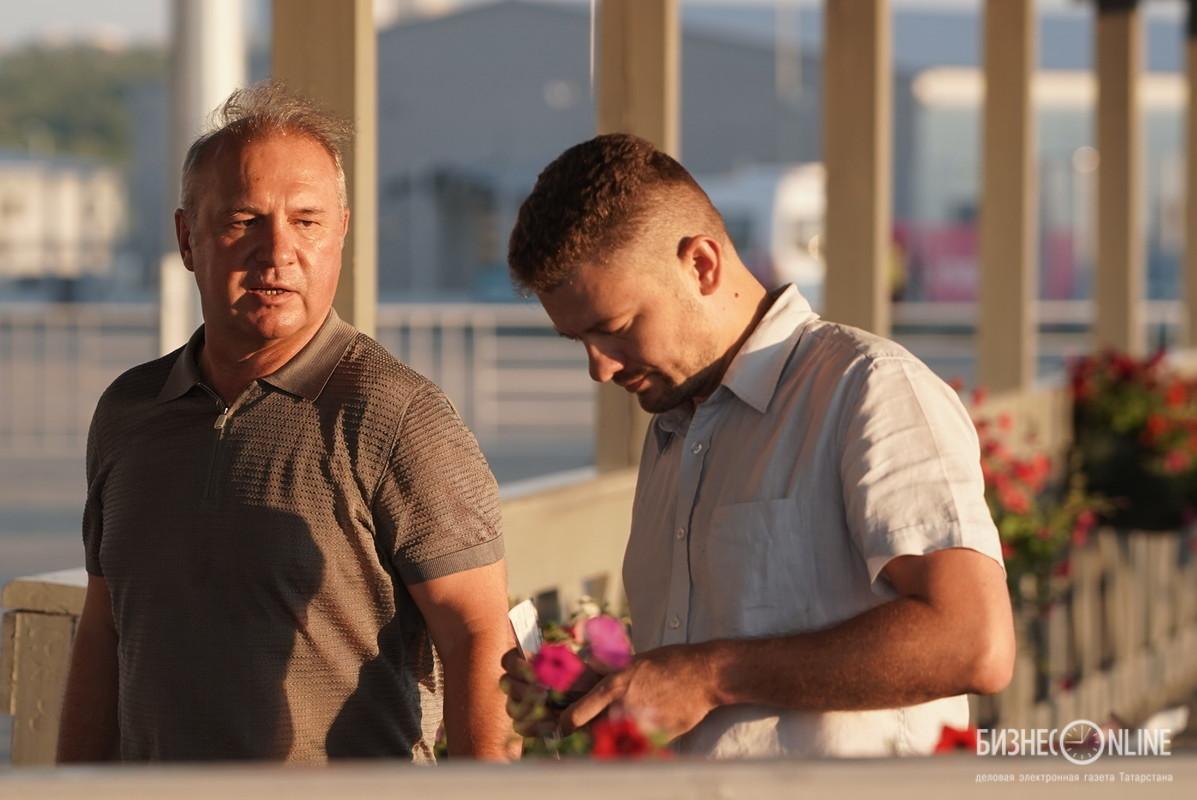 Вячеслав Зубарев (слева)