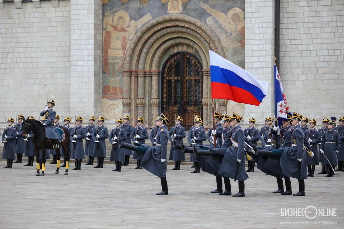 19 октября состоялся последний в этом году развод караулов Президентского полка