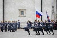 За 15 лет современная церемония развода караулов стала визитной карточкой столичного Кремля