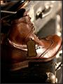 Мы можемсшить вам обувь,как у агента 007или Брэда Питта,всего за 2 недели!