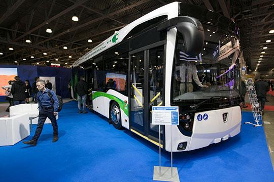 Заэлектробусом спряталась еще одна разработка КАМАЗа— низкопольный троллейбус 62825 савтономным ходом более 20км
