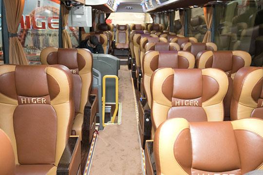 Компания «Русбизнесавто» — дистибьютор Higer привезла туристический автобус увеличенной пассажировместимости Higer KLQ6128LQ