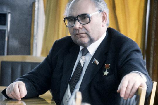 «22 года, пока был директором НКНХ, стремился доказать сказанное Байбакову»