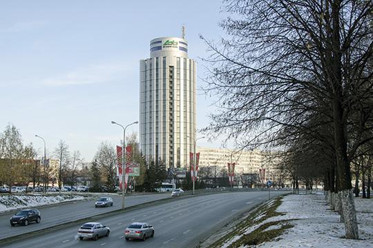 ВЧелнах панируется масштабный ремонт дороги возле бизнес-центра «2/18». Работы оцениваются в5,5млн рублей