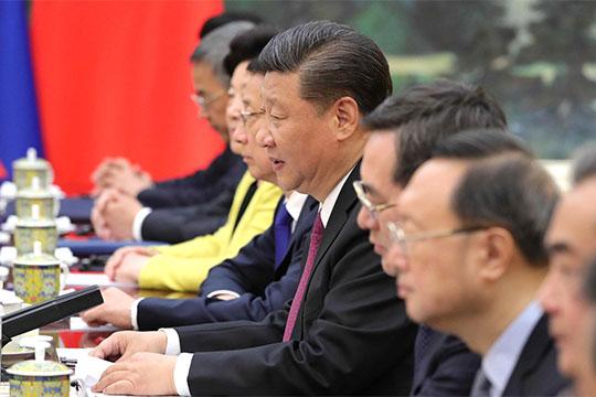 «Китай всё видит ивсё понимает: при нынешнем курсе властей, всё итак вконечном счете свалится ему вруки. Грубо говоря, водин прекрасный день Китай введет сюда войска»