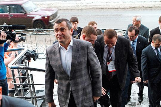 Вот уже несколько лет живет под прессом уголовного преследования известный татарстанский банкир, бывший председатель правления банка «БТА-Казань»МударисИдрисов