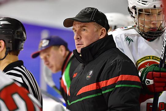Ленар Вильданов— один изсильнейших тренеров Академии хоккея «АкБарс»