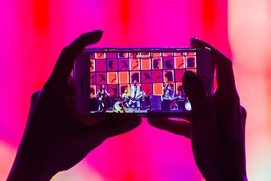 ИТ-парк объявил озапуске приложения для интерактивного видеоконтента Movika, вкотором можно смотреть (исоздавать) фильмы награни компьютерной игры, развитие которых определяет сам зритель
