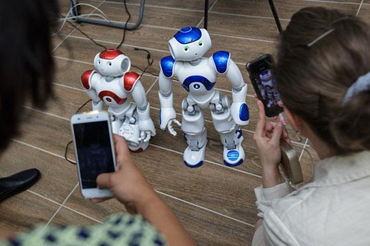«В России внедряют систему образования, которая готова штамповать цифровых роботов»