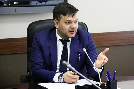 Айрат Гатиятовбудет представлен вкачестве директора департамента развития имущественного комплекса ибюджетных инвестиций министерства науки ивысшего образования России