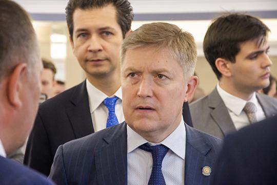 Спустя месяц после ухода Айрата Нурутдинова с поста председателя совета Республиканского фонда поддержки вкладчиков (РФП), наконец, утвержден его преемник — им стал вице-премьер РТ Рустам Нигматуллин