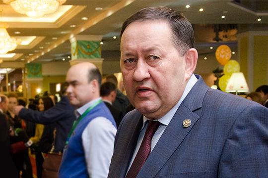 Входе следствия был допрошен теперь уже бывший министр культуры РТАйрат Сибагатуллин,именно он привел вминкульт Хаярова