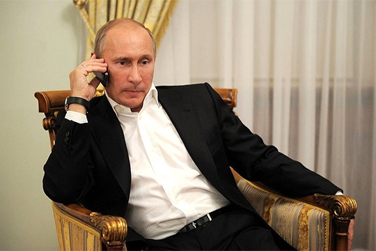 Одним из главных событий недели, безусловно, стоит признать первый телефонный разговор президентов России и Украины — Владимира Путина и Владимира Зеленского