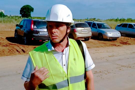 Габдулхай Гилазетдинов заметил, что все требования по технике безопасности на стройке выполняются