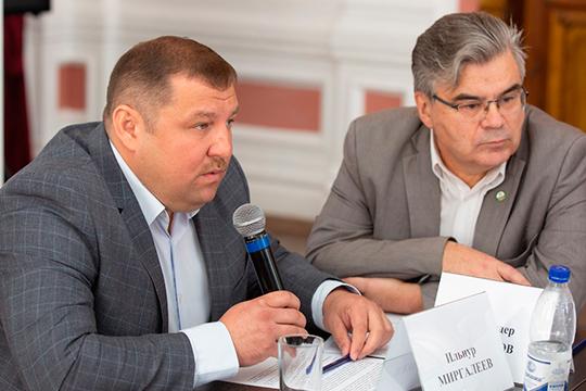 Ильнур Миргалеев иИскандер Гилязов (справа)