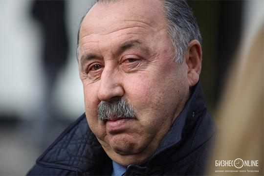 «Газзаев привёл бывшего полузащитника «Реала» Ройстона Дренте. Он лучшим был здесь, его взяли свободным агентом»