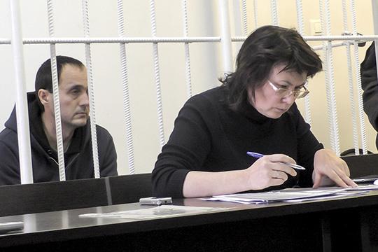 Идрисов вел процесс по главному инженеру МУК «Центральный» Дамиру Минниязову, подозреваемого во взятке за подключение одного челнинского кафе к электричеству